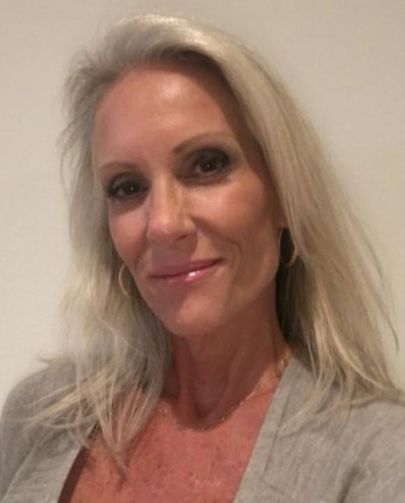 Profile picture of Jennifer Lyon